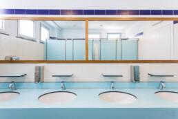 lavabo-multiplo-per-locale-commerciale