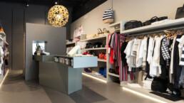 ristrutturazione-e-arredo-negozio-abbigliamento